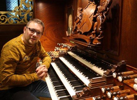 Traditioneel kerstconcert Minne Veldman (25 jaar organist)
